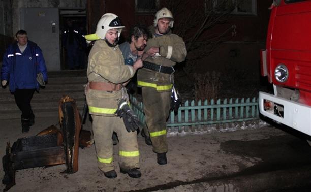 В Туле пожарные спасли двух человек