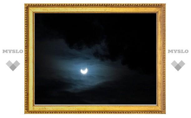 На Земле произошло первое в 2011 году солнечное затмение