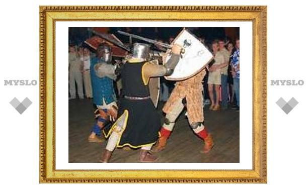 Под Тулой устроили средневековое сражение