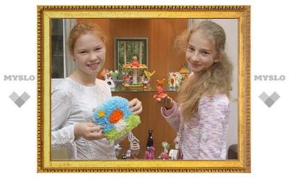 Школьники из Новомосковска освоили старинные ремесла