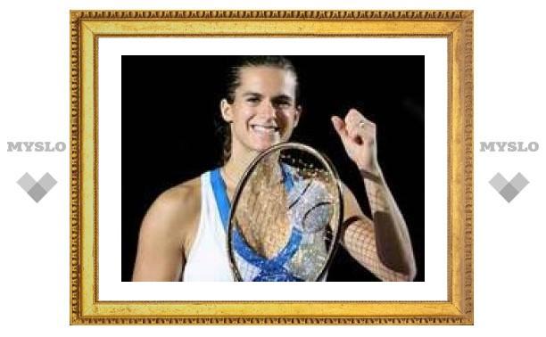 Амели Моресмо выиграла бриллиантовую ракетку стоимостью миллион евро