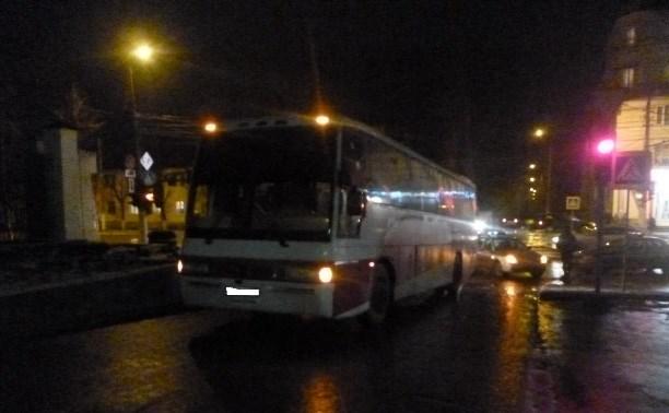 В Пролетарском районе водитель автобуса сбил пенсионерку