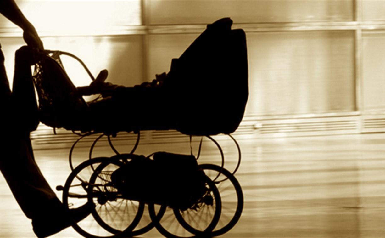 Тулячка украла из поликлиники детскую коляску