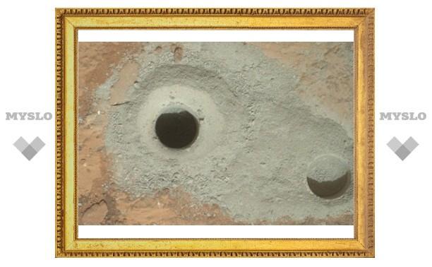 «Кьюриосити» пробурил поверхность Марса