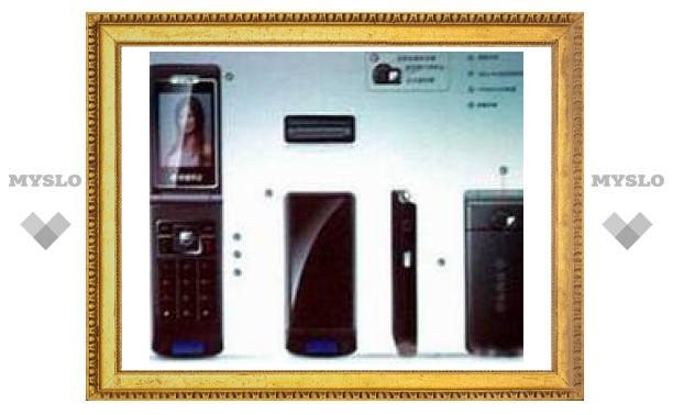 CeBIT'07: телефон работает от солнца
