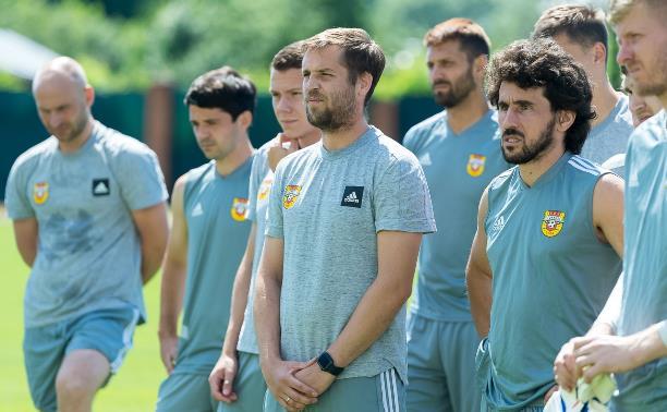«Арсенал» провел первую тренировку под руководством нового тренера: фоторепортаж