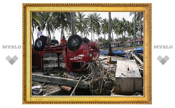 Количество жертв стихийных бедствий в Индонезии достигло 179 человек