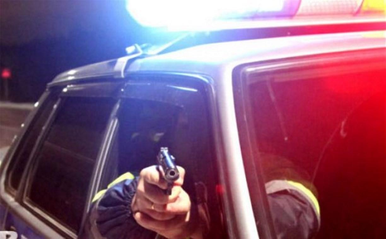 Тульские полицейские после погони задержали двух подозреваемых в разбое калужан