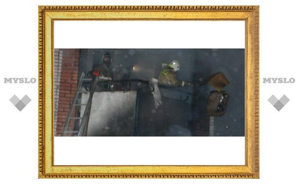 В центре Тулы в девятиэтажке прогремел взрыв: эвакуировали весь подъезд