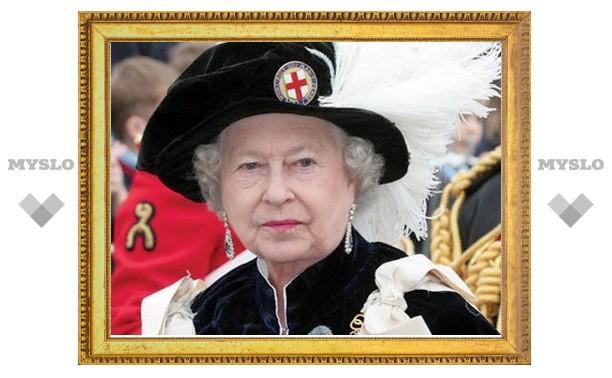 Британская королева поделится обязанностями со старшим внуком