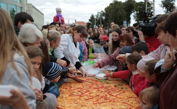 Туляков накормили досыта на кулинарном фестивале в честь Дня города