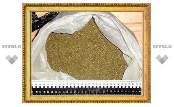 В заброшенной деревне под Тулой нашли склад марихуаны