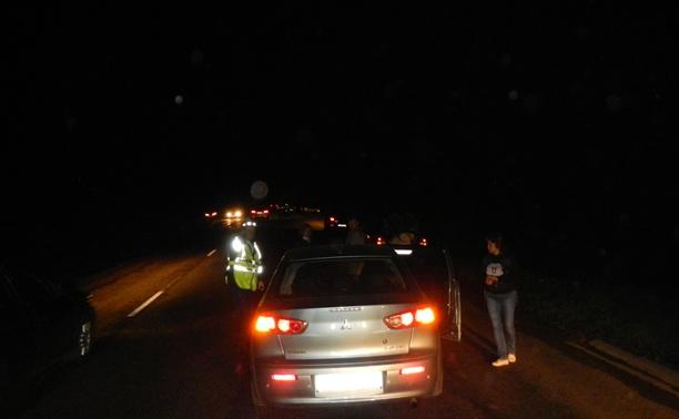 Из-за вывалившегося на дорогу чемодана на М2 столкнулись три автомобиля