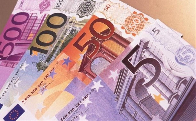 Евро в тульских банках продают за 150 рублей