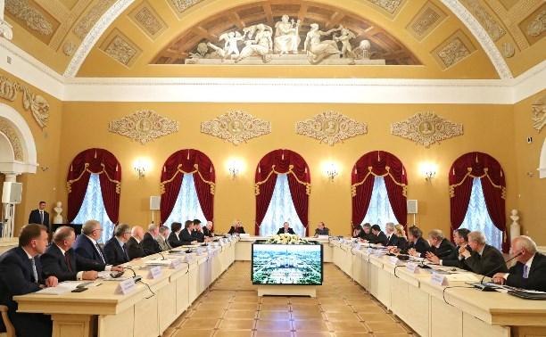Алексей Дюмин рассказал Президенту о сотрудничестве МГУ с тульскими предприятиями