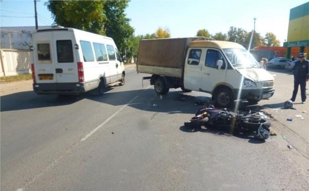 В ДТП в Новомосковске пострадали два подростка