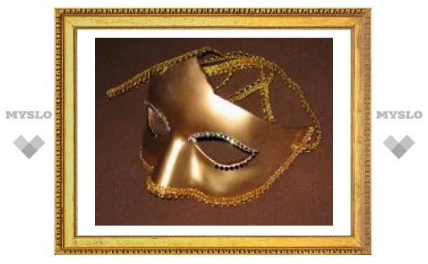 В Туле продают токсичные новогодние маски