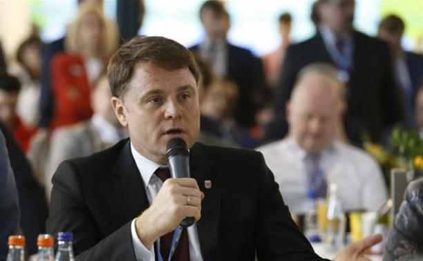 Владимир Груздев принял участие в деловом завтраке Сбербанка РФ