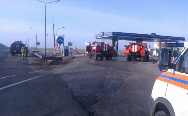 На заправке «ТНК» в Воловском районе сгорели два автомобиля