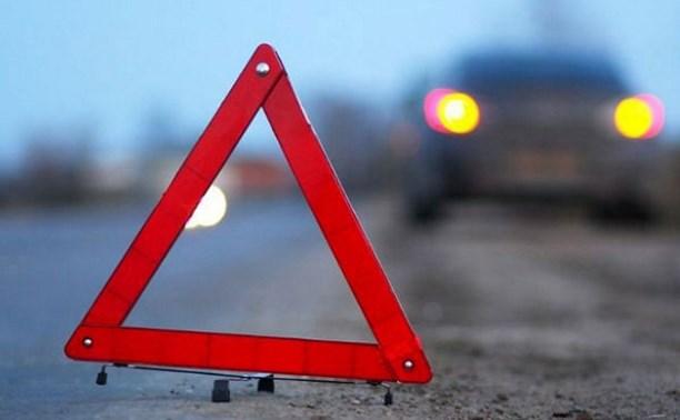 На Калужском шоссе «Нива» столкнулась с иномаркой: есть пострадавшие