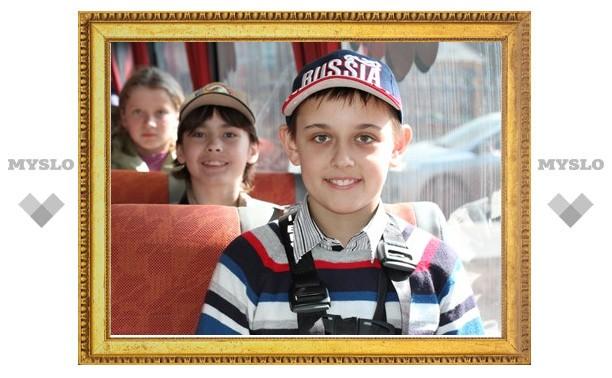 Школьники Тулы пообещали быть прилежными пассажирами и всегда пользоваться ремнями безопасности
