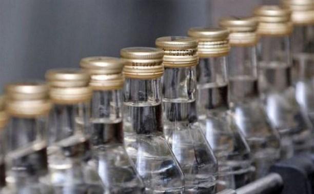 Житель Ленинского района украл у приятеля 20 бутылок водки