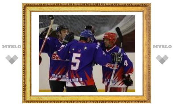 Щекинские хоккеисты победили в турнире