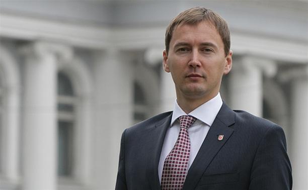 Зампред правительства Тульской области Денис Тихонов отправился в Корею с Владимиром Путиным