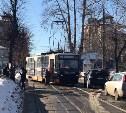 В Туле на улице Ф. Энгельса трамвай сошел с рельсов