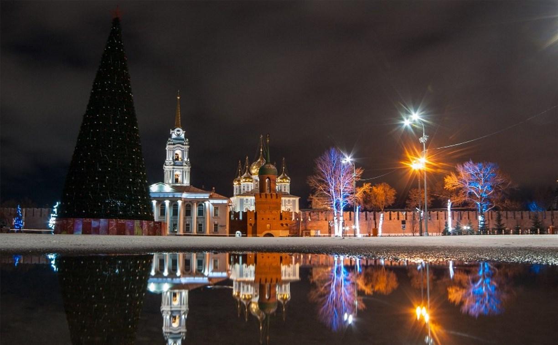 В Туле приступили к новогоднему украшению города