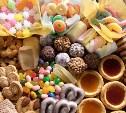 В Щекино «сладкоежка» вынес из торгового павильона конфеты, печенье и вафли