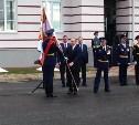 Владимир Путин осматривает Суворовское военное училище
