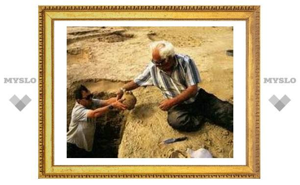15 августа: День археолога