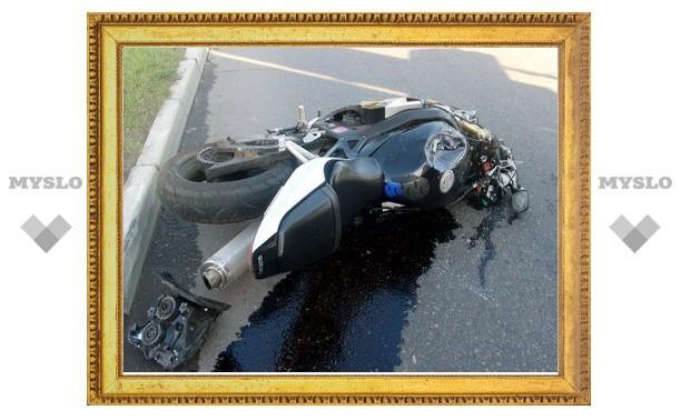 В Туле джип сбил мотоциклиста