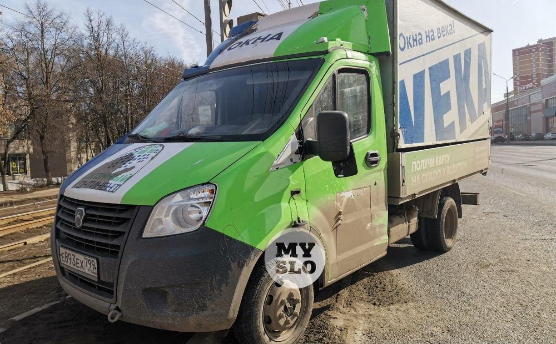 В Туле на Зеленстрое грузовик сбил пешехода