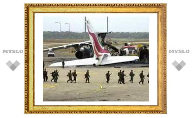 Тамильские боевики атаковали базу ВВС Шри-Ланки с воздуха