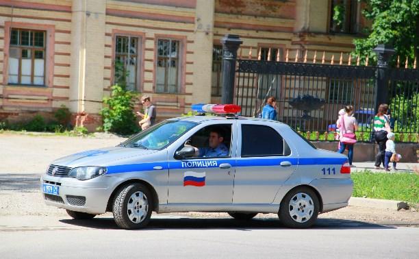 В Щёкино водитель врезался в машину ДПС и скрылся с места аварии