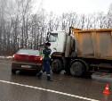 На автодороге «Тула-Новомосковск» легковушка въехала в грузовик