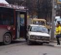На ул. Глинки в Туле столкнулись 28-й автобус и «шестёрка»