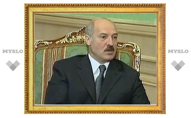 Новое законодательство позволит Лукашенко заменить собой все суды