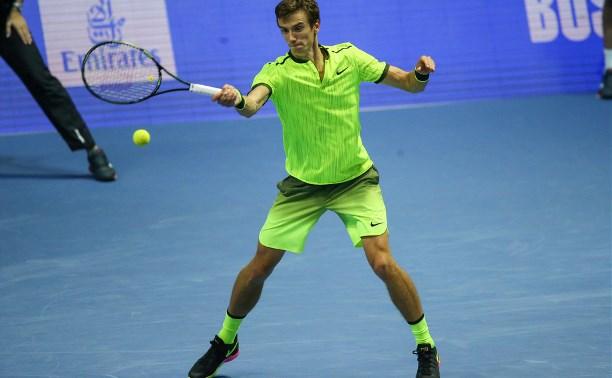 Кузнецов пробился в полуфинал парного разряда на St. Petersburg Open