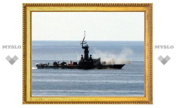 ВМС Сингапура объявили об опасности нападений на танкеры