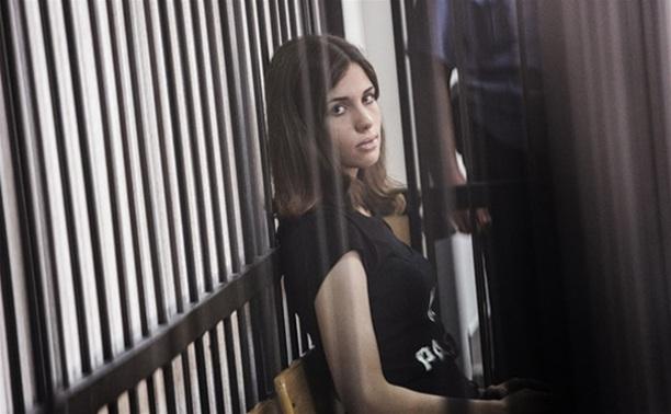 Активисток Pussy Riot выпустят на свободу