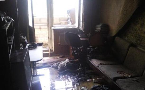 Днем в Туле загорелась девятиэтажка
