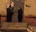 В Пролетарском районе расклейщики объявлений угрожали женщине оружием и стреляли в её собаку