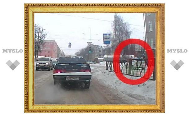 Тульские водители все чаще играют в трамвай!