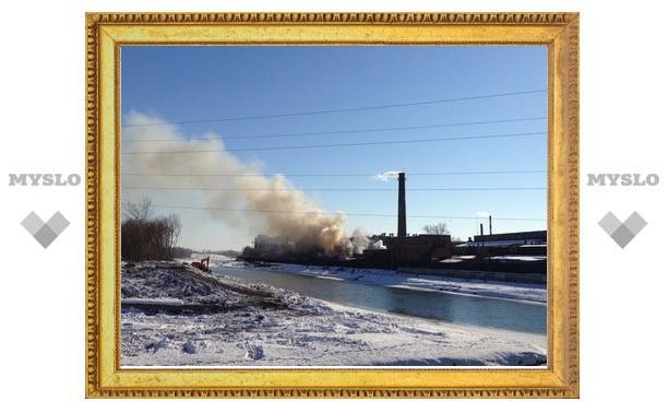 На территории Тульского оружейного завода пожар