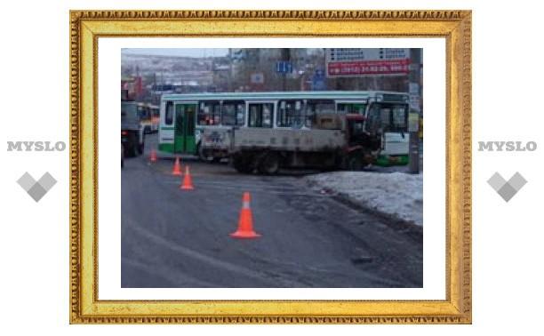 В Туле произошло 10 ДТП с общественным транспортом