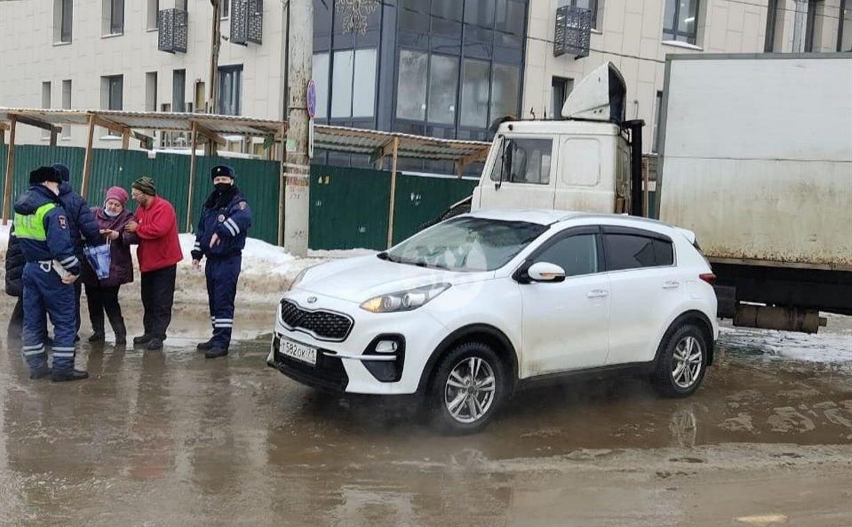 Три ДТП и сбитый пешеход: в Туле на ул. Болдина случился транспортный коллапс