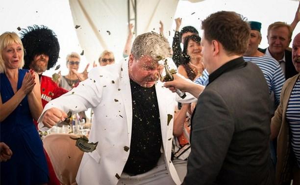 Пьяный туляк напал на полицейского на свадьбе
